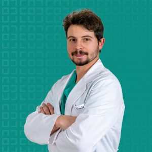 Dr. Álvaro Donate Salcedo